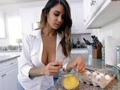 A Topless MILF Breakfast